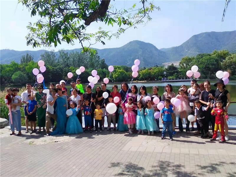 女孩五岁生日派对